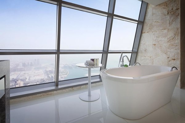 Výhled zJumeirah at Etihad Towers Hotel