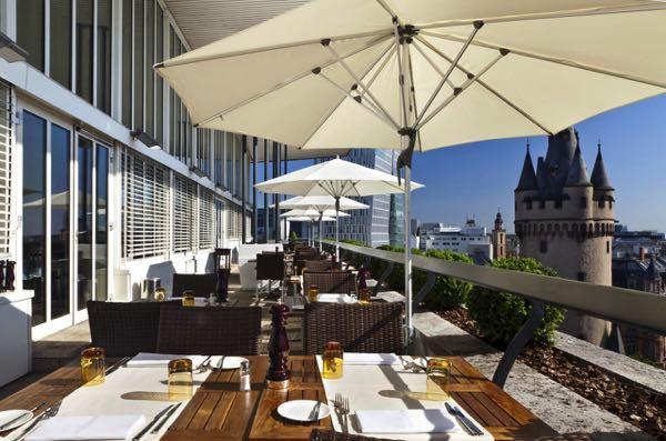 Výhled zFleming's Selection Hotel Frankfurt-City
