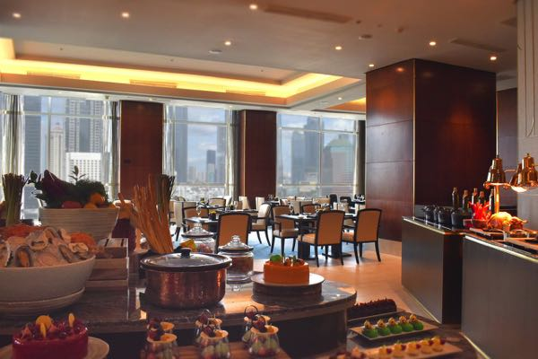 Výhled zThe Residences of The Ritz-Carlton Jakarta Pacific Place